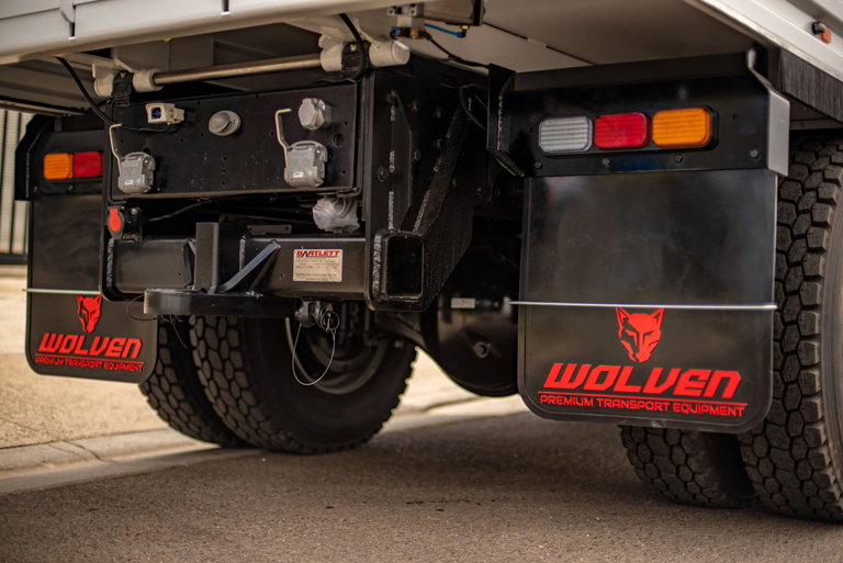 Wolven-Truck-Body-Accessories-f2b