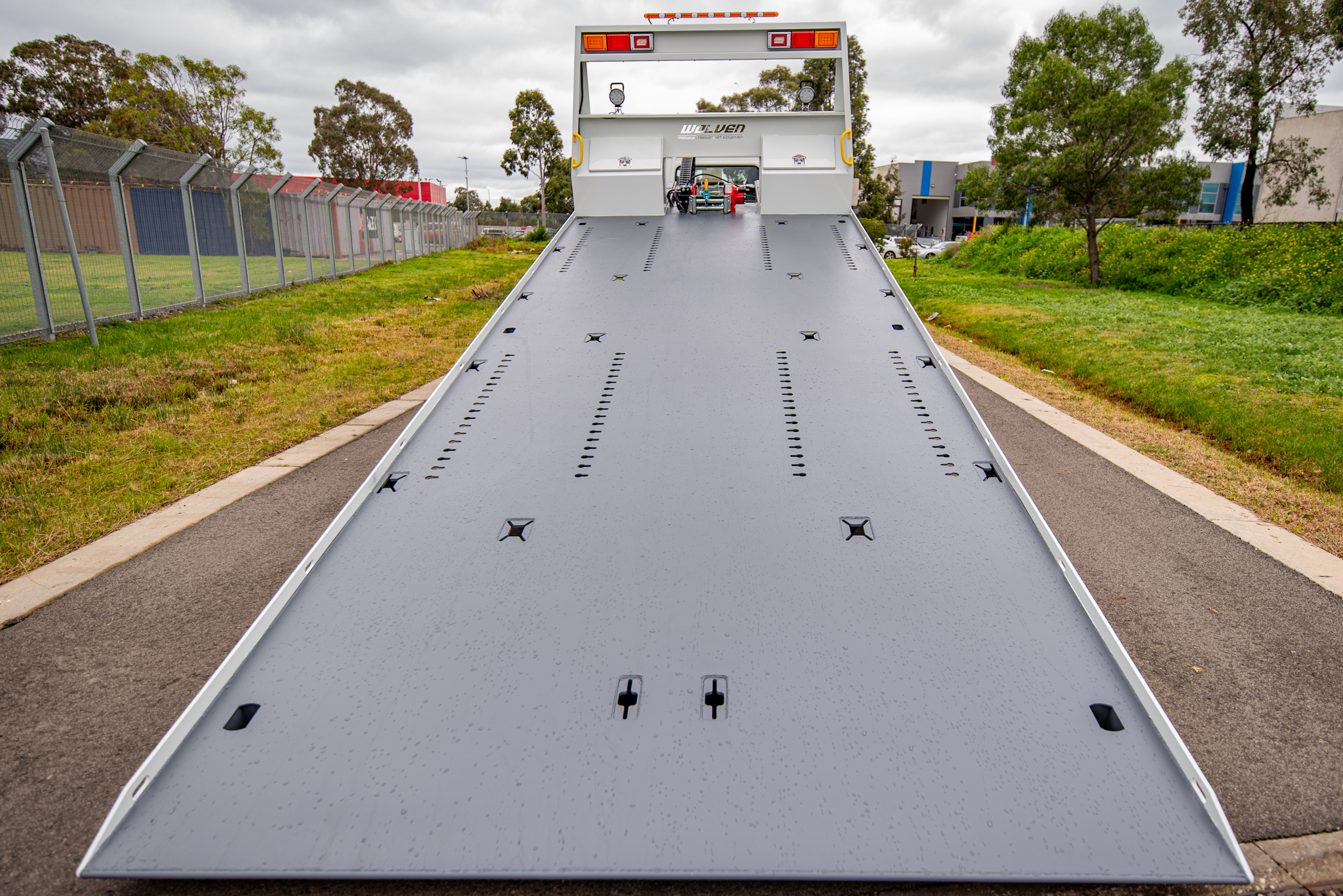 tilt slide trays melbourne